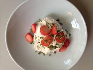 white chocolate & pistachio pavlova, strawberries & yoghurt cream £7.50